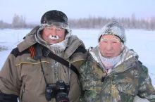 世界上最冷的地方在南极洲,最低气温达-88.3℃,甚至出现过-94.5℃的记录。 但由于此地太多严寒