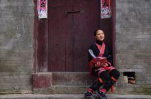 打卡【六段瑶族民俗村】一个极具茶山瑶特色的小瑶寨。 位置:广西来宾市金秀瑶族自治县,距县城20公里,