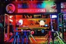 珠江琶醍创意园凉风拂面微醺醉人 珠江•琶醍啤酒文化艺术创意区,以啤酒文化为主题新兴的时尚酒吧街,得天