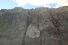 山岩怪石,悬崖峭壁