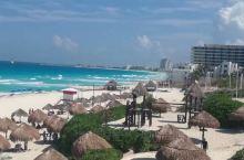 坎昆位于墨西哥尤卡坦半岛,三面环海,风光旖旎,是著名的旅游胜地