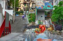 在重慶,除了火鍋以外,許多值得擁有的回憶。處處是打卡聖地! 1:長江索道南岸-龙門浩街(圖1) 2: