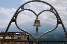 去东京自然不能免俗,包车去了富士山,然后乘船游览一下河口湖