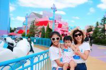 和老公带孩子和妈妈一起去主题乐园,错峰出行,避开假期! 老小都一起玩一些女孩子都无法抗拒嗲到不行的项