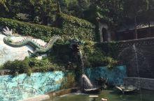 大连响水观 位于金州区大黑山西北麓,是大连地区著名的道教庙宇,又称响水寺,韵水寺。相传建于唐代,后经