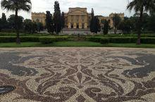 圣保罗皇宫博物馆位于市中心独立公园中,是圣保罗历史最悠久的博物馆。 博物馆的下面就是花园和独立纪念碑
