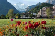 欧洲之行…瑞士。从意大利到瑞士,进去瑞士境内,年前一亮,一路美景,据曾在瑞士留学的导游讲,瑞士是一个