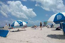 预定了5月18日地中海邮轮 提前3天到达了迈阿密这就是著名的度假海滩-迈阿密南海滩 来自四面八方的游