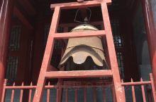 河南嵩山少林寺,千年古刹,带着小朋友从郑州打车过去,将近要两个小时,大概要350大洋左右,人多拼车还