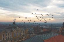 匈牙利有着很多美丽的小城,位于多瑙河和德拉瓦河之间的佩奇就是匈牙利最具吸引力的城市之一。这里气候宜人