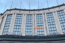 布鲁塞尔中央车站旅行很酷流浪不酷  02/01 Brussels   布鲁塞尔的中央车站,也是非常的