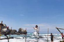 斯里兰卡| 高跷渔夫  Last but not least!高跷渔夫,自从《孤独星球旅游者》封面刊