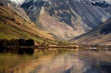 美丽的山与水