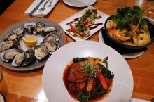 食在这里#  Mures Upper Deck  塔斯马尼亚镇上最好的餐厅之一 虽然依照惯例 依旧没
