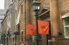 走在元町的大丸百货大楼的街道上,有一种来到了法国巴黎的感觉,欧式的建筑物比比皆是,沿街的咖啡馆好有味