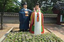 月尾岛,算是首尔人的后花园,每到周末,是首尔和仁川居民闲游的好去处,这里就在仁川南部,距离首尔也就3