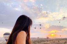 土耳其|浪漫的热气球上迎接清晨第一缕阳光  土耳其可以说是全球热气球同时起飞最多的地方了 配上这奇特
