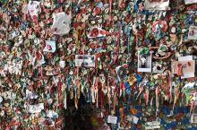 西雅图派克市场著名的口香糖墙,非常意思和特别的景点