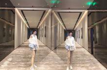 重庆下午茶拍照圣地—Nicolo尼依格罗酒店 高端酒店环境视野没得说,还可以看到江景, 凭借绝佳地理