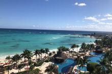 墨西哥坎昆七字岛上的大美洲fiesta America beach酒店,是一个日本人经营管理的酒店,