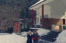 2018年1月29日,华东地区下了很大的雪,恰好预定了去大明山滑雪和临安湍口温泉酒店泡温泉的行程。驾