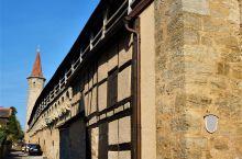 罗滕堡,1195年作为凡尔登主教鲁道夫的国都建立。30年战争后为瑞典人统治,罗腾堡位于巴伐利亚州西北