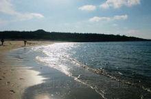 海南环岛自驾游~棋子湾,很美很生态的海滩,沙幼,水清又干净,整个海滩只有我们和三个来自顺德的自驾帅哥