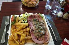 法国雷恩火车站的快餐秀色可餐