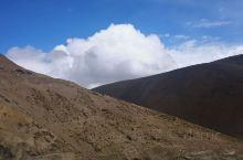 札达土林千变万化,想一个地址波版一样从阿里地区过去路非常好走山路,风光很漂亮,云很好看