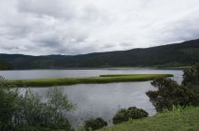 """人间仙境的普达措 普达措国家公园,位于滇西北""""三江并流""""世界自然遗产中心地带,由国际重要湿地碧塔海自"""