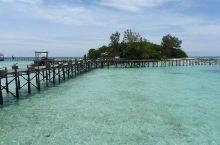静谧的海龟基地 兰卡央岛是一座静谧、魅力十足的岛屿。兰卡央岛是一座小岛,面积不大,我和男友一起绕了一