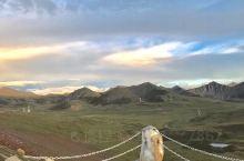 自驾向318国道去西藏~  一路的风景真的是美极了, 当然路途也是很颇有激情, 迎接暴风雨之后的美景