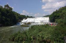 很好运,贵阳9月景点还是很大水,黄果树瀑布很壮观。小七孔也是,非常漂亮。登上市区的青岩古镇古城楼,看