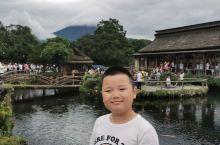 曾经无数次在电视上在书上,在深圳的世界之窗 遇见富士山,今天终于见到了真正的富士山