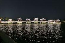 广济桥,中国四大古桥之一,值得一游 门票:20元,只能单程,不能出去了再进去。 还要注意的是,桥是可