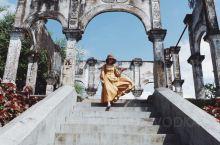巴厘岛——最ins风拍照圣地  巴厘岛真的是个太适合度假和拍照的神仙地方,特别是位于巴厘岛东部的蒂尔
