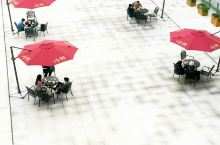 武汉市大智路32号,大智无界空中小镇,设计新颖,一定会成为新网红打卡地,值得推荐去拍拍照,喝喝咖啡