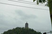 塔为什么都要建筑在山上