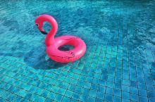 泰国是去过最多次的国家之一,清迈,华欣,普及都不错,懒人游泰国的方式大概就是吃吃喝喝泡泡泳池打打水仗
