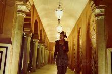 阿格拉欧贝罗伊酒店算是对这座城市最好的诠释,传统与现代在酒店交相融合。欧贝罗伊甜品店是印度第一家奢华