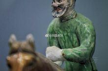 【唐三彩骑马胡俑】唐懿德太子墓出土,现藏于懿德太子墓博物馆