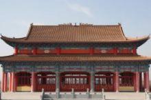 兴国寺(俗称丈八佛),位于山东省滨州市博兴县,县城东南10公里处的丈八佛村(原寨高村)处于滨市、淄博