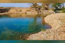 家乡蜿蜒的小河清澈的河水