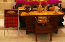 敦化六鼎山金鼎大佛宫殿的第二层。