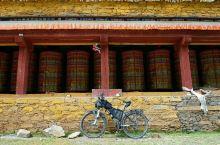 2019年7月7日,骑行进入第二阶段,川藏线新都桥起点,终点拉萨。小胖爸爸也从成都过来,父子俩终于汇