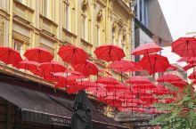 贝尔格莱德老城区的米哈洛伊大公街Ulica Knez Mihailova ,你可以理解为是上海的南京
