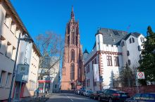 德国780多年历史的教堂,曾有10位皇帝在此加冕,壮观又特别!德国的法兰克福,是一座充满魅力的城市,