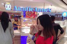 """吉隆坡必去夜市 马来西亚素有""""美食天堂""""之美誉。  [糖果]在吉隆坡,必打卡之地~阿罗街,绝对是一个"""