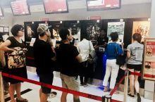 大马探亲之旅4、吉隆坡看电影  马来西亚电影制作不甚发达,跟它的族群一样,也属多元化,电影通过一些局