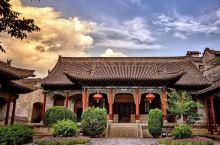 阎锡山故居位于定襄县东北22公里处的河边村(原属五台县)旧居分为上下两院,前后为东西花园。纵观阎锡山